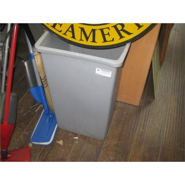 GREY SQUARE GARBAGE CAN