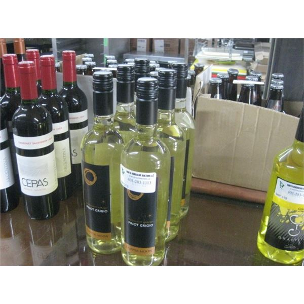 6 BOTTLES COPPER MOON PINOT GRIGIO 750ML