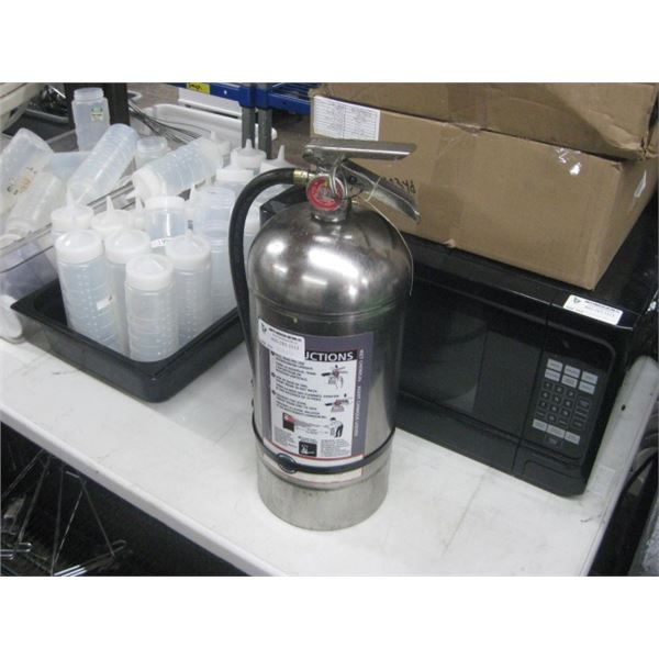 WET CHEMICAL KITCHEN FIRE EXTINGUISHER
