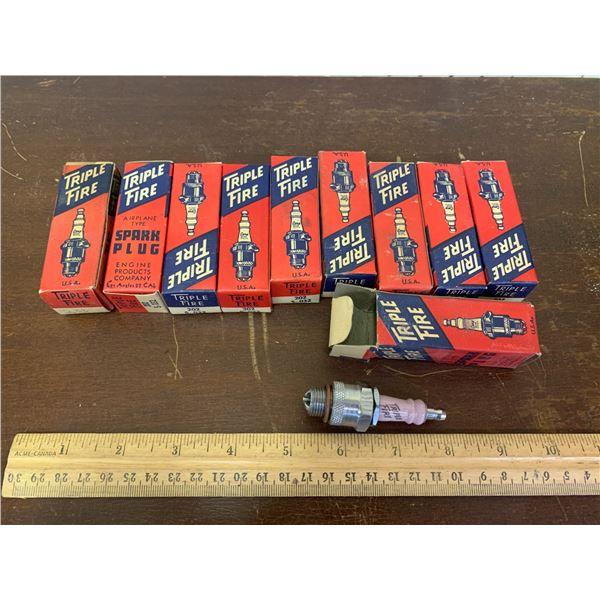 LOT OF 10 VINTAGE NOS TRIPLE FIRE AIRPLANE SPARK PLUGS