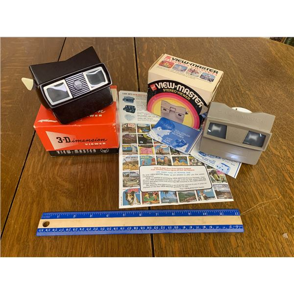 VIEW MASTERS WITH BOXES