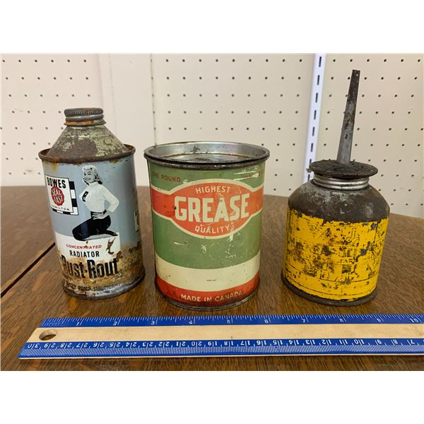 LOT OF OIL CANS MINNEAPOLIS MOLINE BOWES