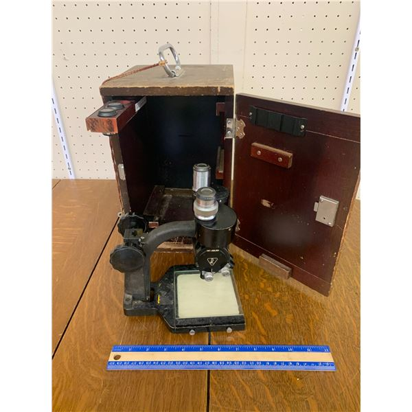 ANTIQUE BAUSCH AND LOMB BINOCULAR MICROSCOPE WITH WOOD BOX AND KEY