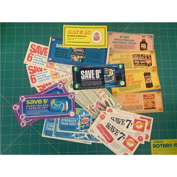 LOT OF VINTAGE ADVERTISING COUPONS