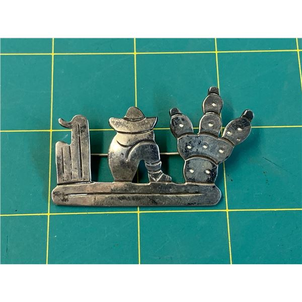 SIGNED TM-79 925 SILVER MEXICO SLEEPING MEXICAN BROOCH
