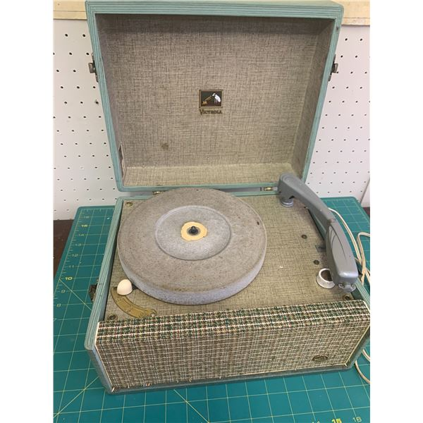 VINTAGE VICTROLA PORTABLE RECORD PLAYER AS IS