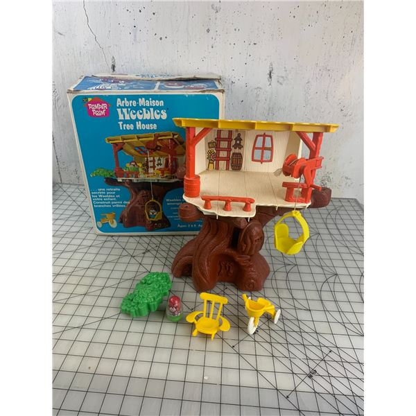 VINTAGE ROMPER ROOM WEEBLES TREE HOUSE TOY WITH BOX