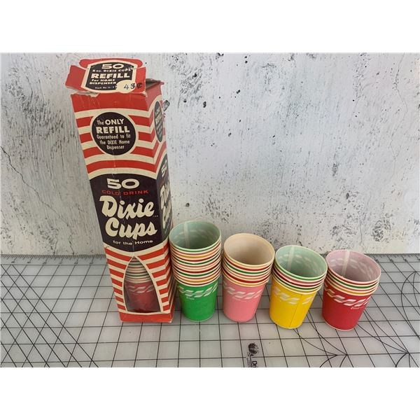 VINTAGE SLEEVE OF COLOURED DIXIE CUPS