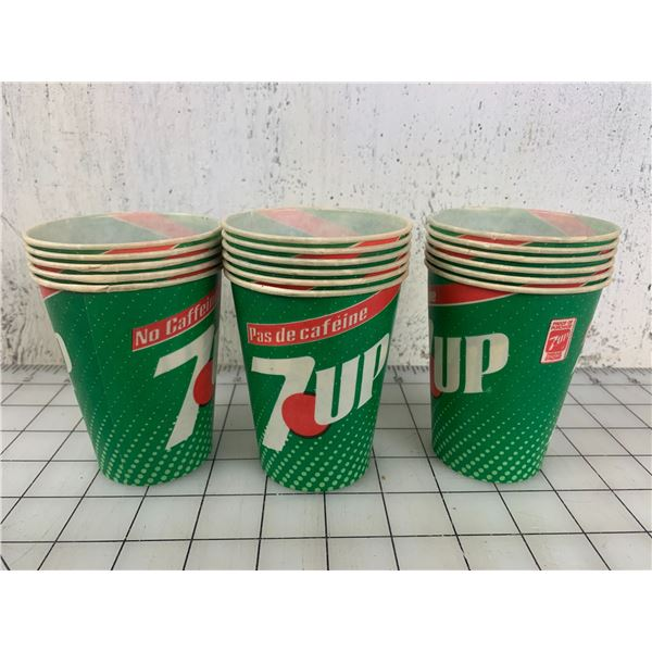 LOT OF VINTAGE 7-UP WAX PAPER CUPS