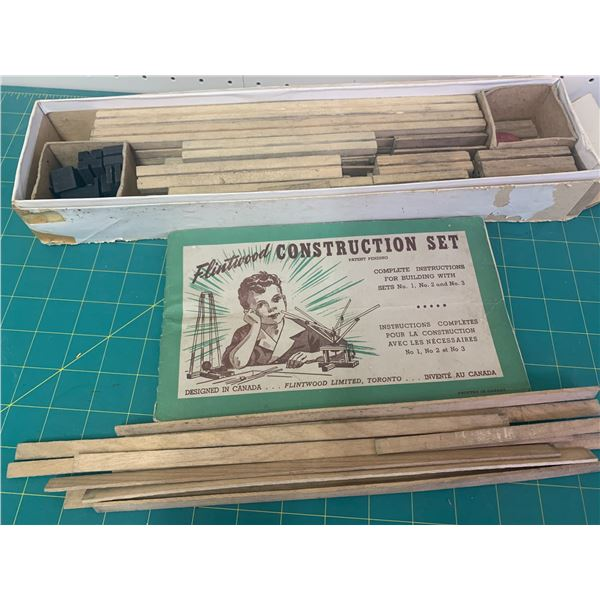 VINTAGE FLINTWOOD TOY WOODEN CONSTRUCTION PIECES AND INSTRUCTIONS