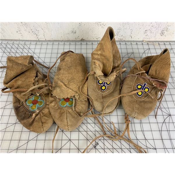 2 PAIR LEATHER BEADED MOCCASINS