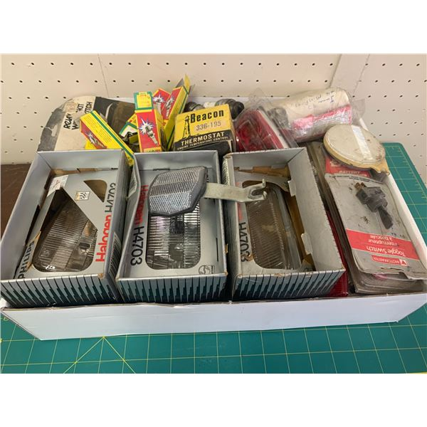 LOT OF HEADLIGHTS REFLECTORS CABLES AUTO RELATED