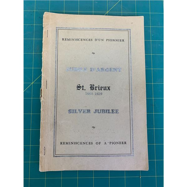 ST BRIEUX HISTORY BOOK 1904-1929