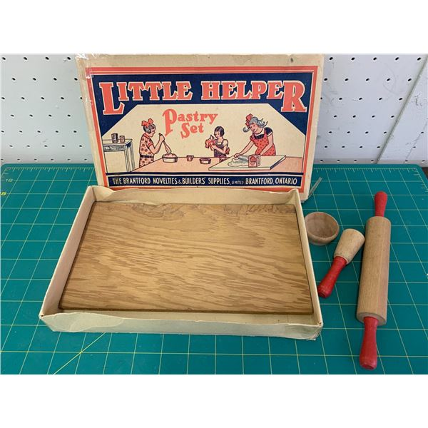 VINTAGE LITTLE HELPER PASTERY SET TOY BOX AND SOM PIECES
