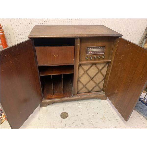 """ANSLEY CABINET RADIO RECORD PLAYER PROJECT, NO RECORD PLAYER 36.5"""" TALL X 36"""" X 18"""""""