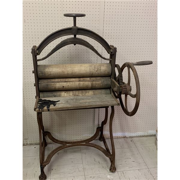 """LARGE LAUNDRY WRINGER PRESS STANDS 54"""" TALL"""