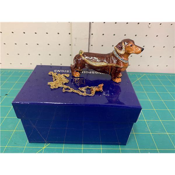 DACHSHUND KINGSPOINT DESIGNS ENAMEL DOG TRINKET BOX AND MATCHING PENDANT