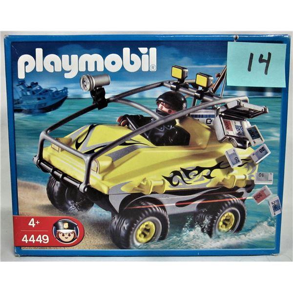 New 2008 Playmobil 4449 amphibious rubber vehicle