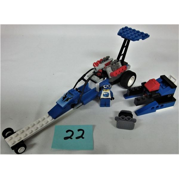 2000 Lego set #6714 speed dragster 100%