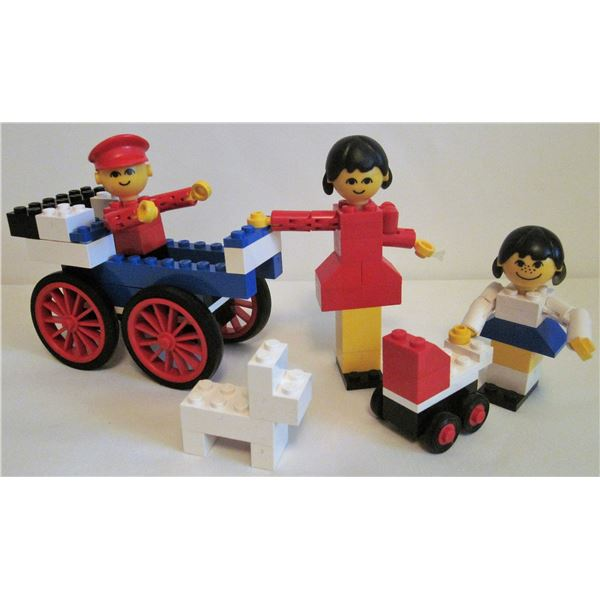 Rare 1976 Lego family building set #194 with people