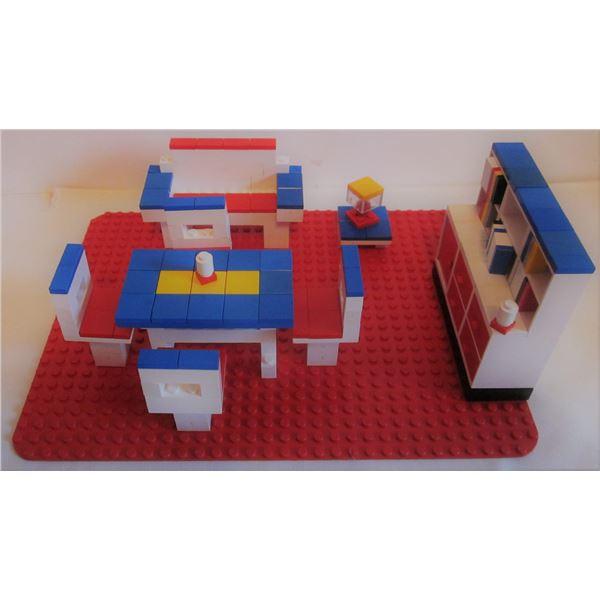"""rare 1971 Lego #260 Homemaker room-settings """"dolls living room"""""""