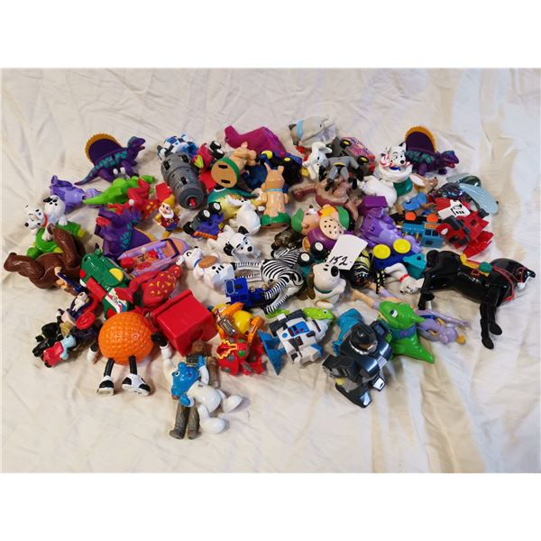 50 figurines toys, half are wind-up