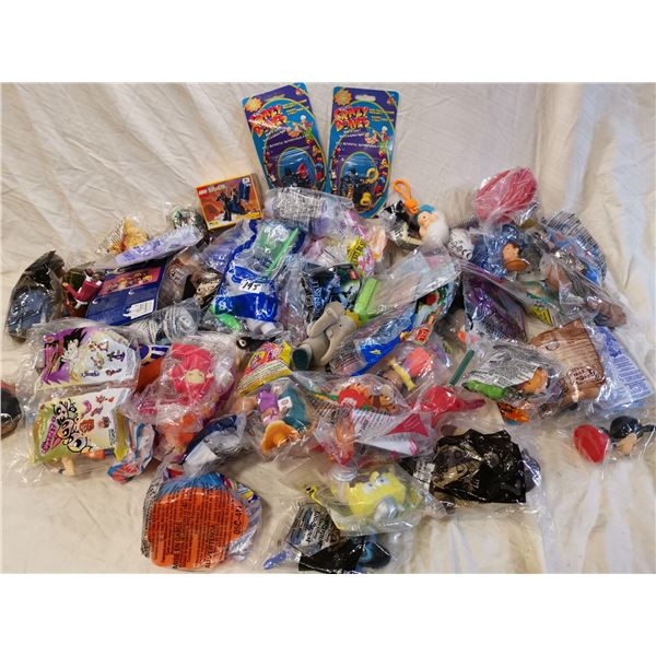 70 mixed toys for children, most sealed