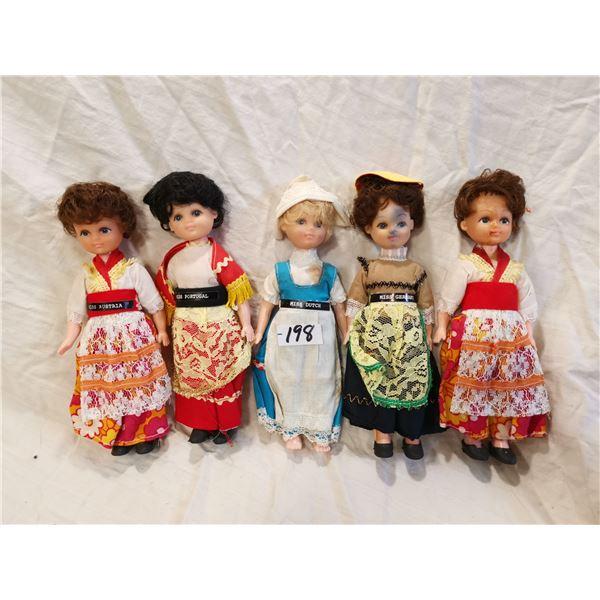 5 Miss World dolls