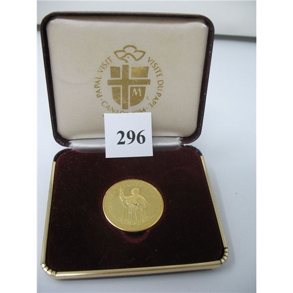 1984 PAPAL VISIT TO CANADA MEDALLION CASED - GOLD PLATED