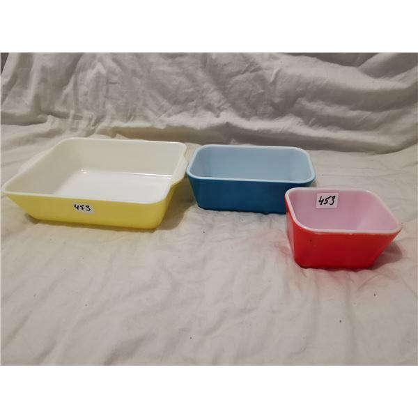 Pyrex 3 piece dish set, yellow blue & red