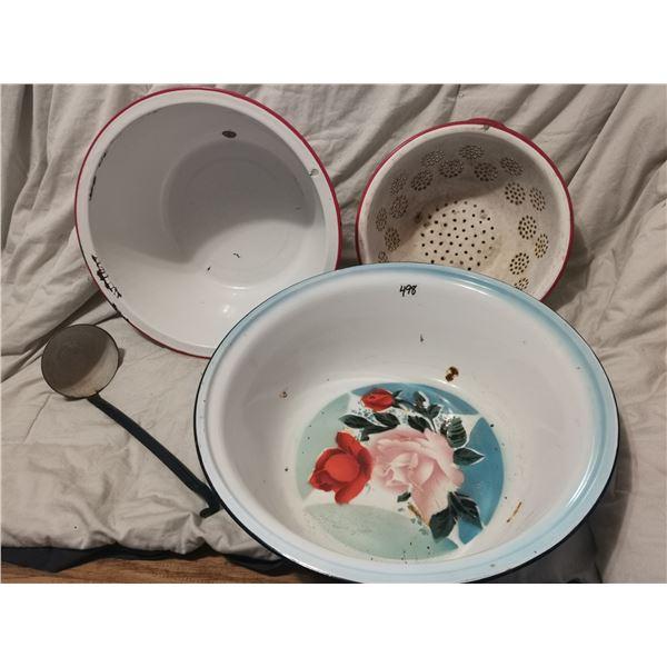 3 enamel bowls, 2 large & scoop