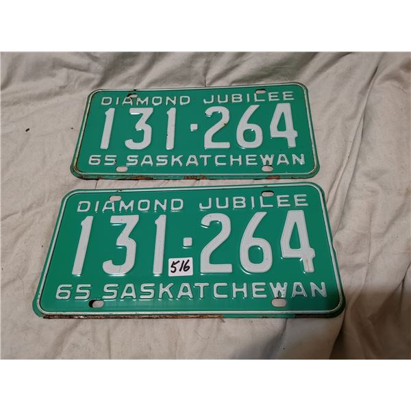 Matching set of 1965 Saskatchewan license plates