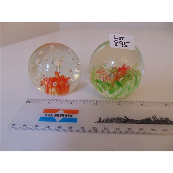 895 TWO VINTAGE BLOWN GLASS PAPERWEIGHTS