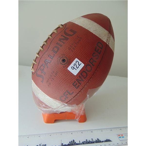 922 VINTAGE CFL ENDORSED LEATHER FOOTBALL