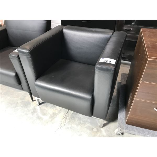 BLACK CLUB STYLE LOUNGE CHAIR (S1)