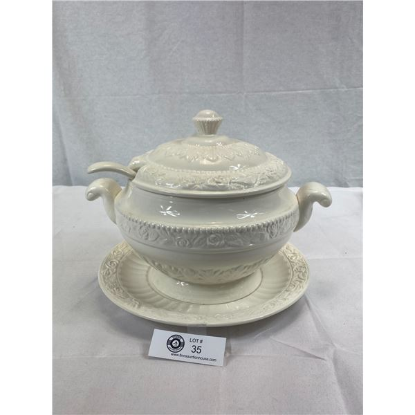 "Vintage Soup Tureen, Ladle Plus Under Plate Signed RS Japan 9""x12"", Small Chip On Lid"