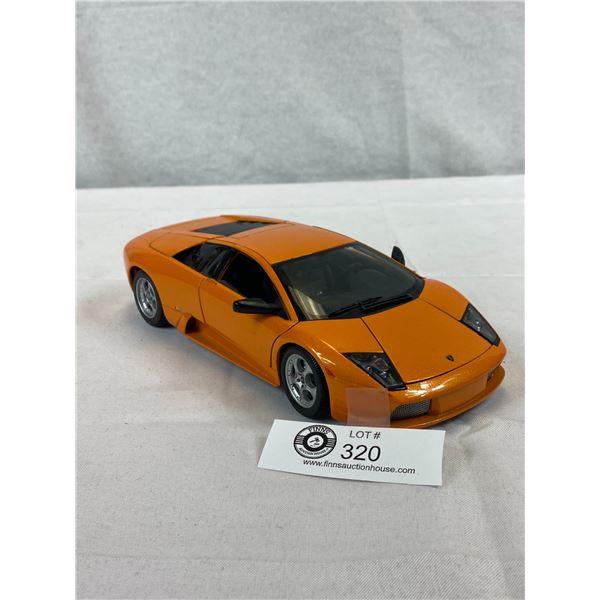 1/18 Scale Lamborghini Die Cast Car
