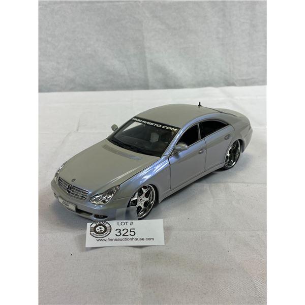 1/18 Scale Mercedes Bens CLS Class Die Cast Car