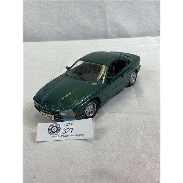 1/18 Scale Die Cast BMW 850I