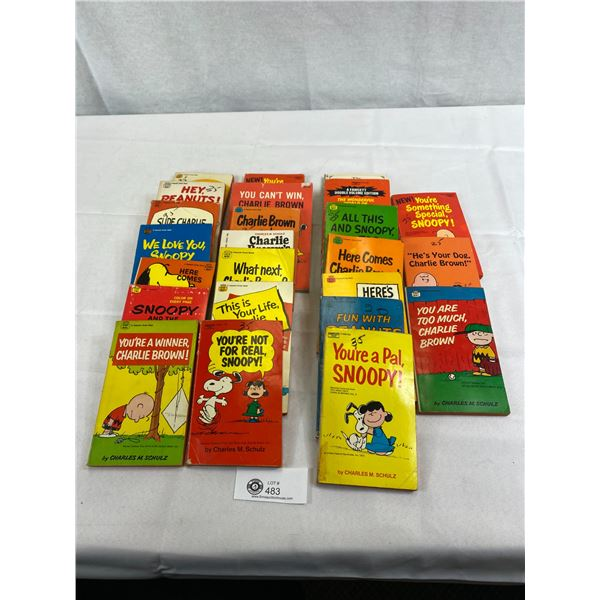 Nice Large Lot Of Charlie Brown And Snoopy Books
