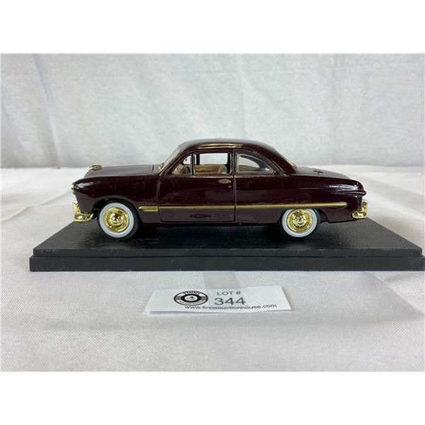 1:24 Scale 1949 Ford Diecast Car