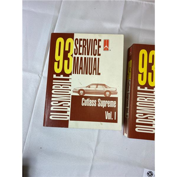 3 1993 Service Manuals, Oldsmobile.