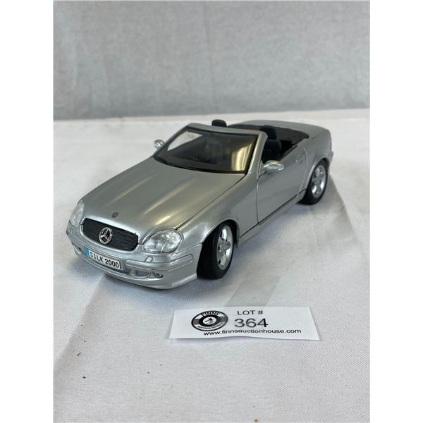 1:18 Mercedes Benz SLK Diecast car
