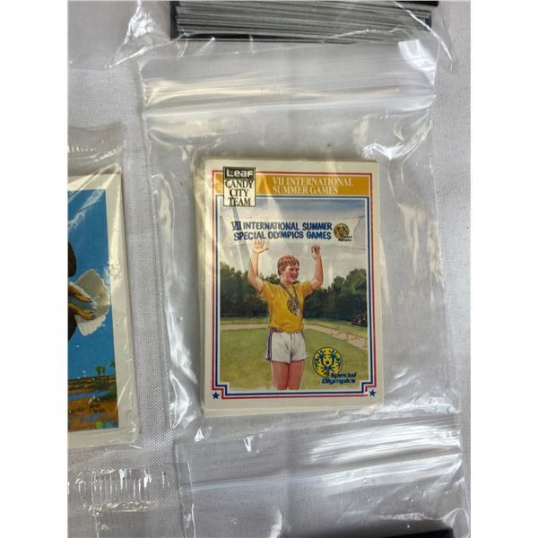 Nice lot of vintage Trading Cards etc.