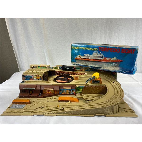 Radio Controlled Torpedo Boat WW2 JFK and Vintage Hotwheels Train set in Case