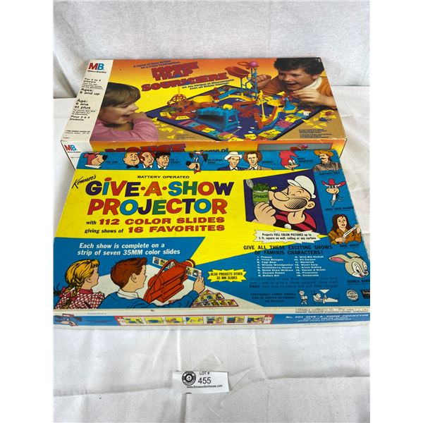 2 Vinatage Games Give a show projector and Mouse trap