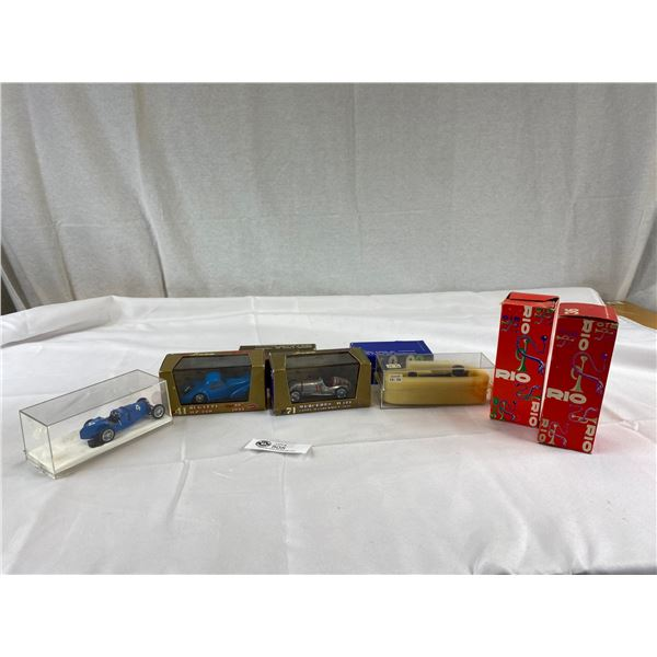 Nice lot of cars with original boxes 1:43 scale