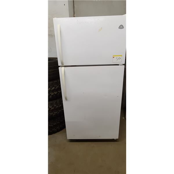 WESTING HOUSE FRIDGE FREEZER LOCATED IN FORT MCMURRAY