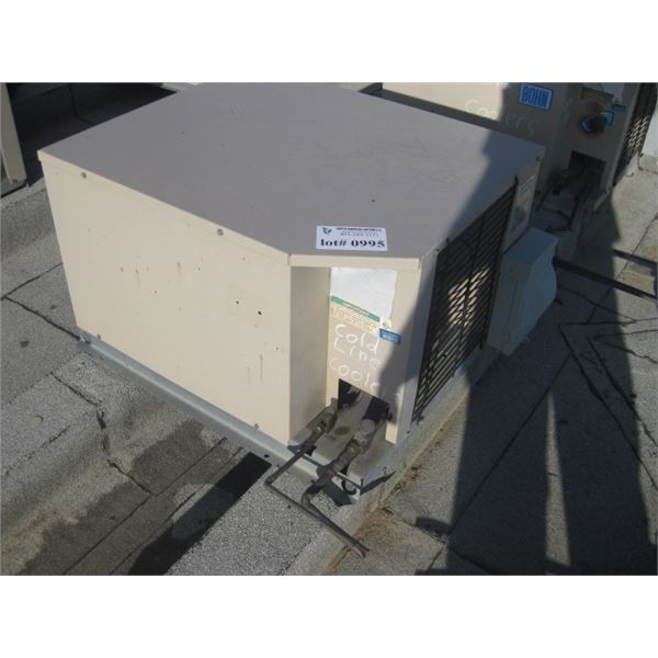 REMOTE REFRIGERATION - BUYER MUST CRANE FROM ROOF