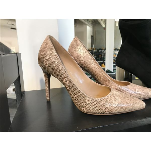 MICHAEL KORS LADIES PUMPS IN SNAKE SKIN DESIGN SIZE 7.5